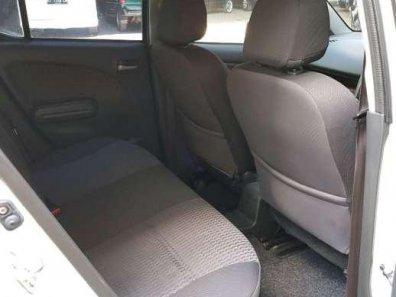 Suzuki Splash GL 2015 Hatchback dijual-1