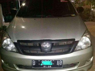 Jual Toyota Kijang Innova 2004 termurah-1