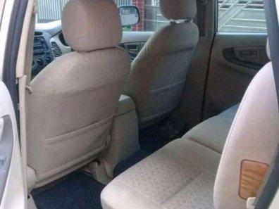 Jual Toyota Kijang Innova G 2010-1