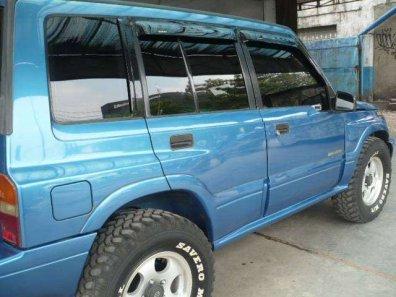 Jual Suzuki Escudo 2000 kualitas bagus-1