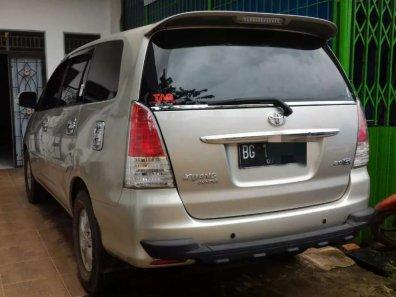 Jual Toyota Kijang Innova 2011 termurah-1