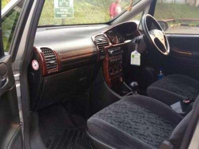 Jual Chevrolet Zafira 2000 kualitas bagus-1
