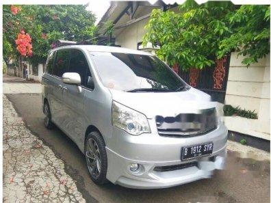 Jual Toyota NAV1 V 2013-1