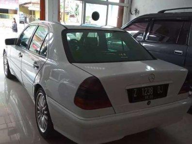 Jual Mercedes-Benz C-Class 1996 kualitas bagus-1