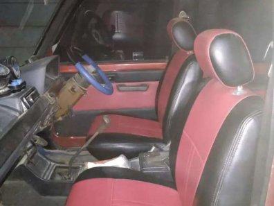 Butuh dana ingin jual Toyota Kijang 1.5 Manual 1991-1