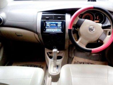 Nissan Grand Livina XV 2009 MPV dijual-1