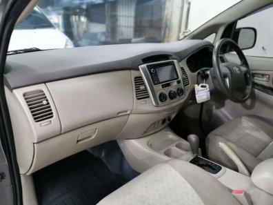 Jual Toyota Kijang Innova 2012, harga murah-1