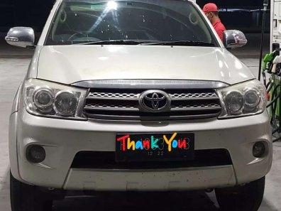 Jual Toyota Fortuner G Luxury kualitas bagus-1