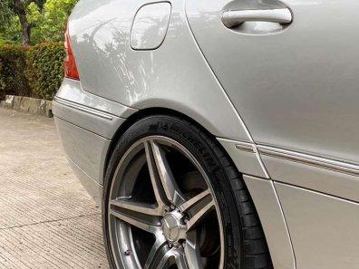 Jual Mercedes-Benz C-Class 2004 kualitas bagus-1