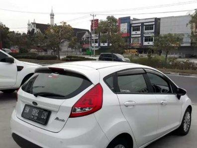 Ford Fiesta Trend 2013 Hatchback dijual-1