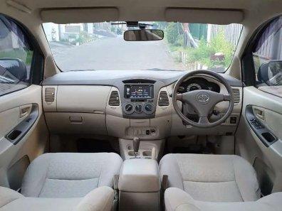 Jual Toyota Kijang Innova 2011 kualitas bagus-1