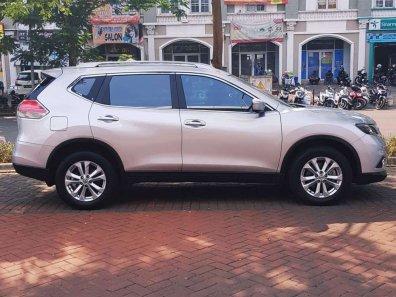 Jual Nissan X-Trail 2015 kualitas bagus-1