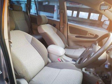 Jual Toyota Kijang Innova 2015 kualitas bagus-1