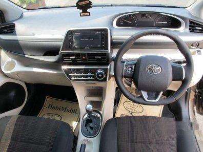 Toyota Sienta V 2017 MPV dijual-1