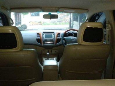 Jual Toyota Fortuner 2011 termurah-1