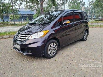 Butuh dana ingin jual Honda Freed E 2015-1