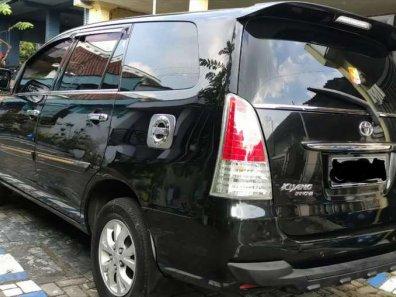 Butuh dana ingin jual Toyota Kijang Innova G 2010-1