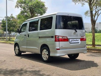 Daihatsu Luxio D 2011 Wagon dijual-1