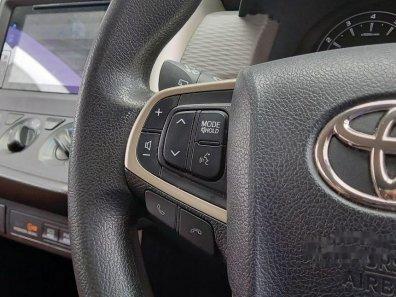 Jual Toyota Kijang Innova 2017 kualitas bagus-1