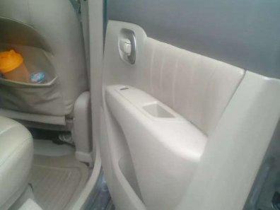Jual Nissan Grand Livina 2010, harga murah-1