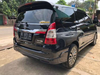 Jual Toyota Kijang Innova V Luxury 2015-1