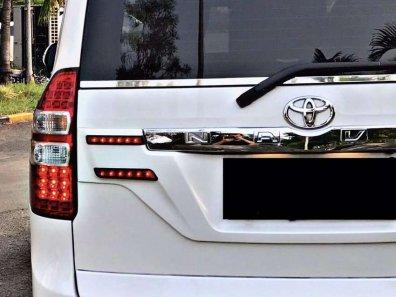 Jual Toyota NAV1 2017 kualitas bagus-1