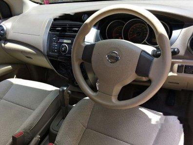 Butuh dana ingin jual Nissan Grand Livina XV 2011-1